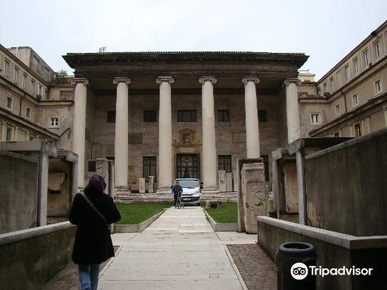 Museo Lapidario4
