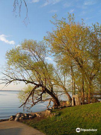 Mendota Lake3