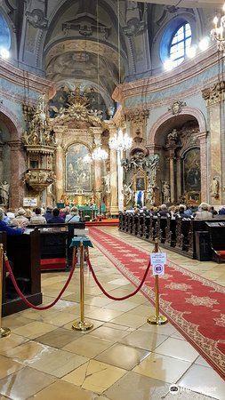 Kostol Trinitarov2