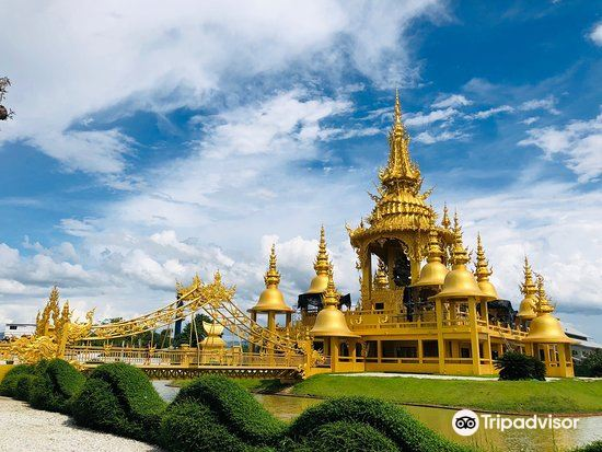 White Temple (What Rong Khun)1