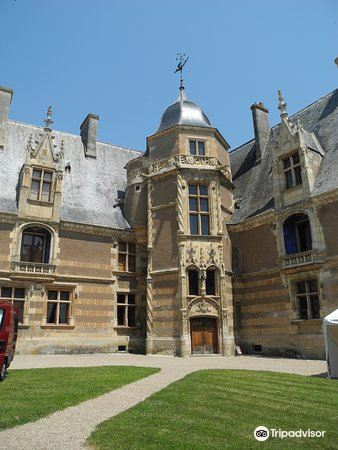 Château d'Ainay-le-Vieil2
