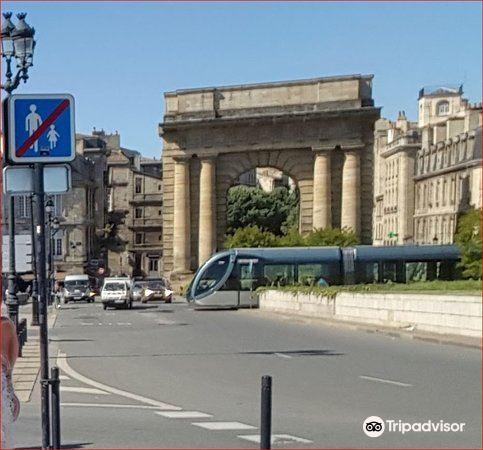 Porte de Bourgogne1