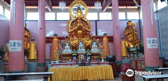 Sam Poh Temple4