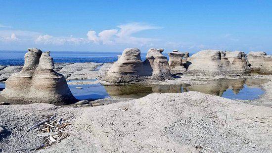 Mingan Archipelago National Park Reserve3