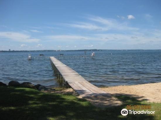 Mendota Lake4