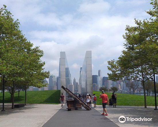Empty Sky - 9/11 Memorial4