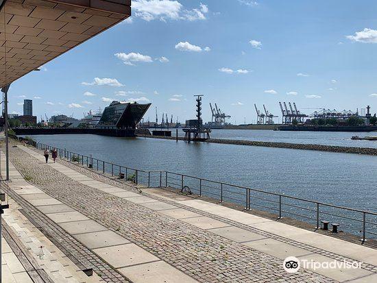 Dockland3
