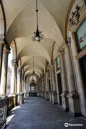 Palazzo Giureconsulti4