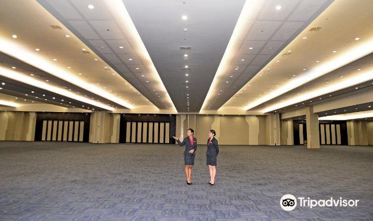 SMX Convention Center1