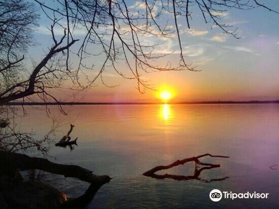 Mendota Lake2