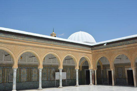 Mosque Sidi Sahbi (Mosque of the Barber)3