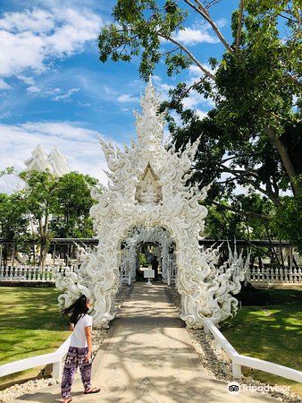 White Temple (What Rong Khun)3