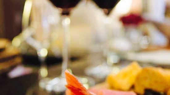Razonoda Wine Bar