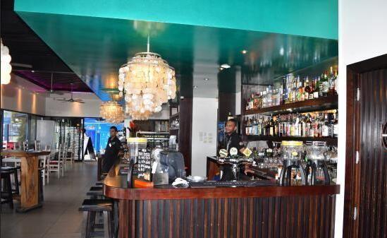 Lulu Bar Café & Restaurant2