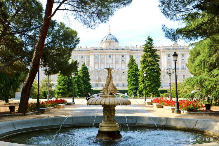 薩巴蒂尼庭園2