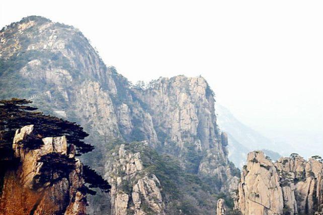 Longyun Valley Scenic Area3