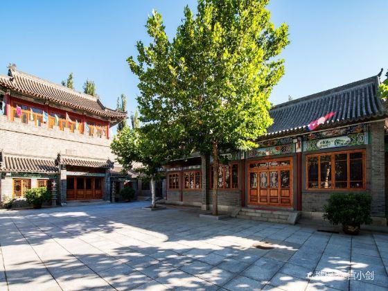 李龍石紀念館