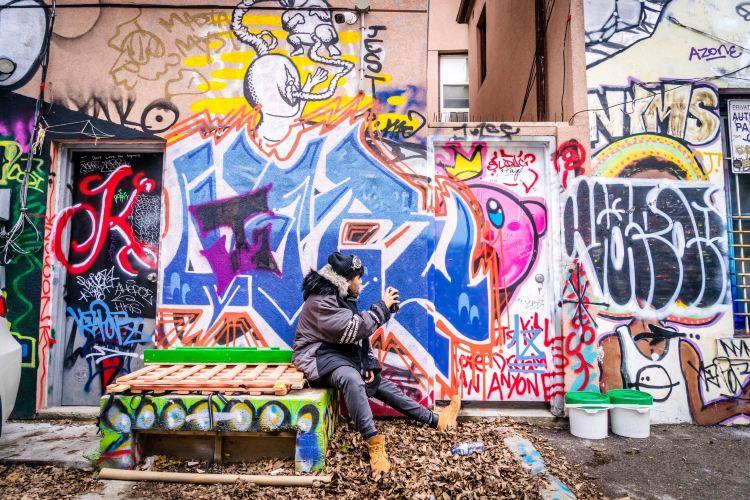 Graffiti Alley2