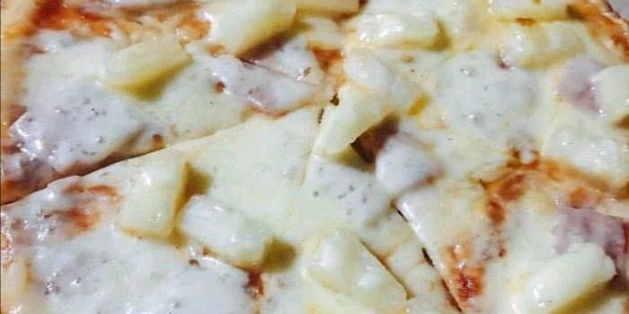 Lola's Pizza3