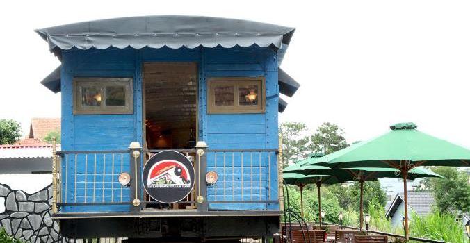 Dalat Train Cafe