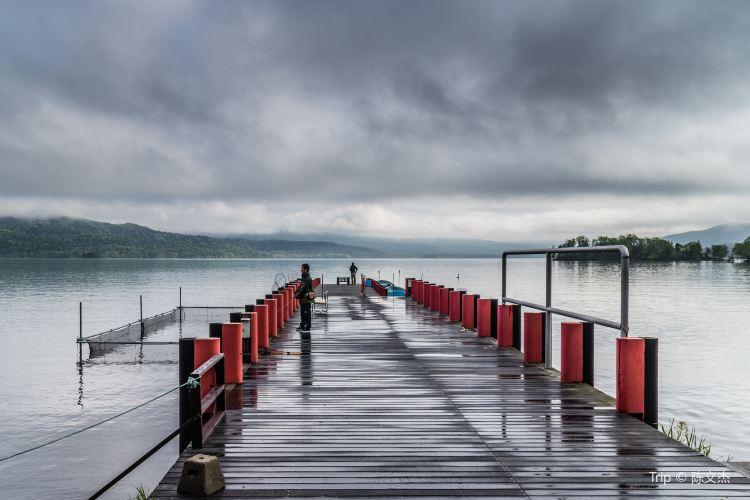 Lake Akan2