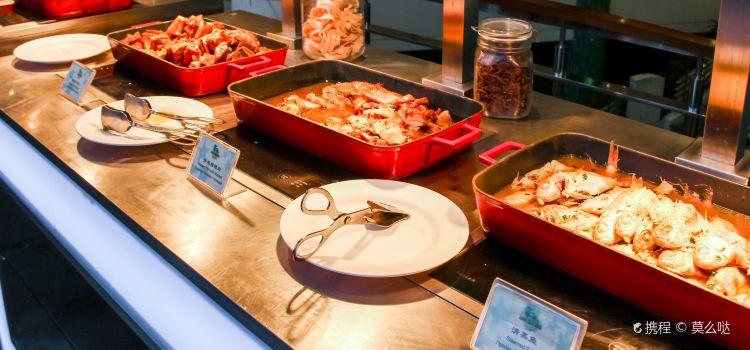 Resort Intime Sanya BBQ Buffet3