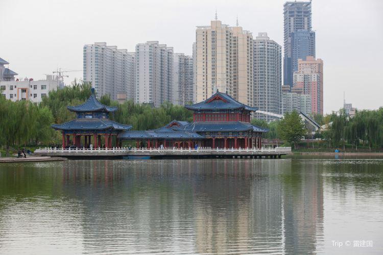 Yantan Park (North Gate)1