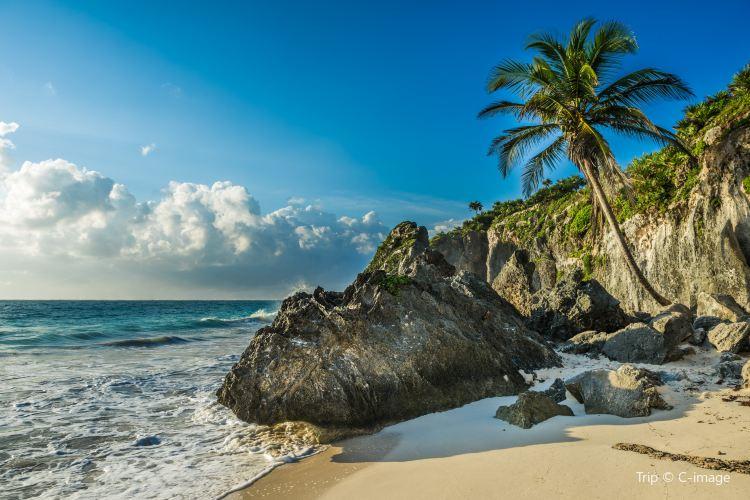 Playa Chac Mool1