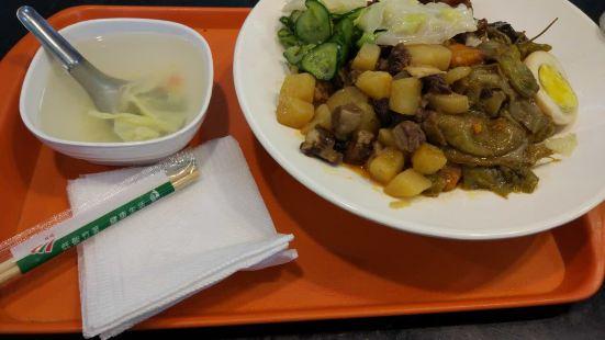 台灣美食滷肉飯(巴黎春天百貨店)