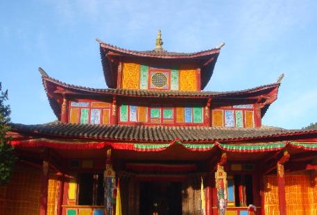 Puhua Temple