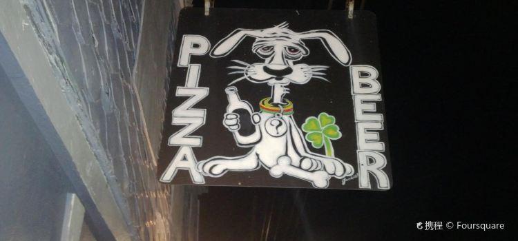 Lost Dog Pub2