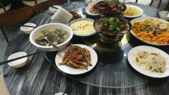 金寨天堂寨禦水山莊·柴火時光生態餐廳