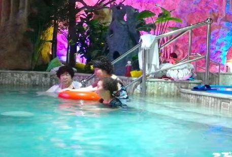 Shengsixian Yibeiwan Haijing Hot Spring Resort