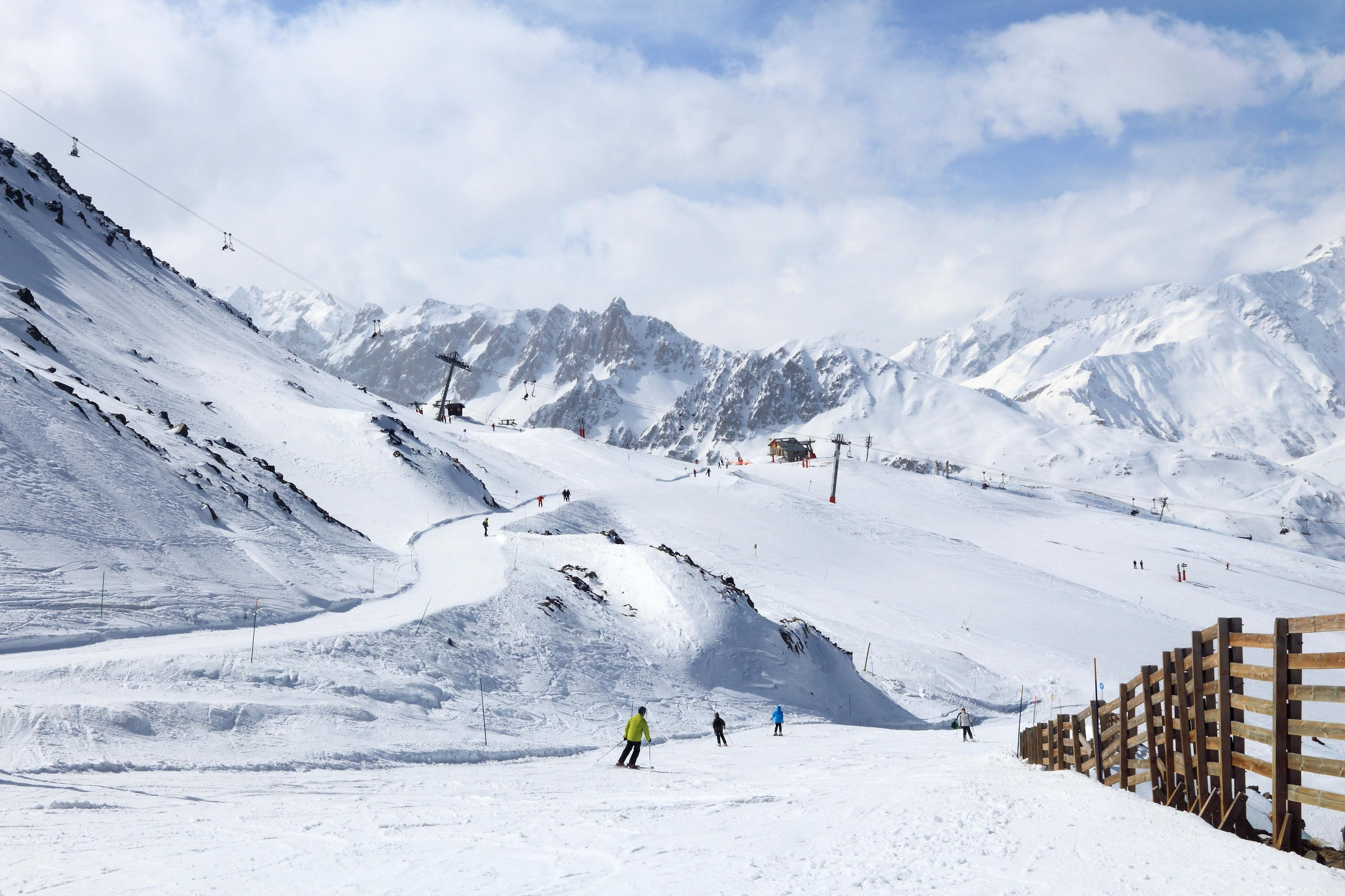 Lotus Hill Ski Resort