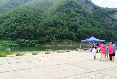 Dongjiang Drifting