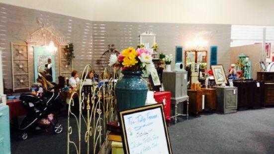 The Tin Tulip Tearoom