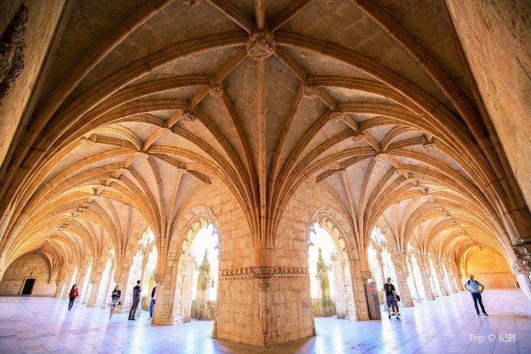 Jerónimos Monastery3
