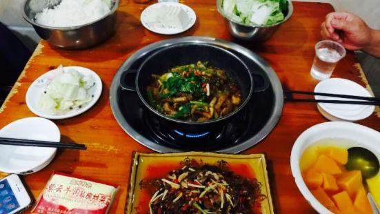 紫雲牛肉私房炒菜館(成都路店)