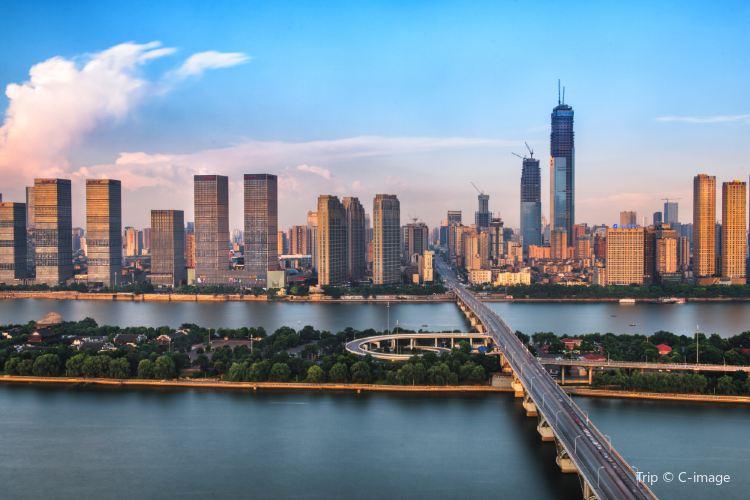 Ju-zi-zhou Bridge1