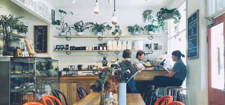 Red Door Cafe1