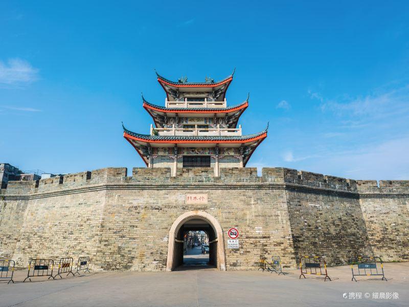 Zhumumen Chenglou
