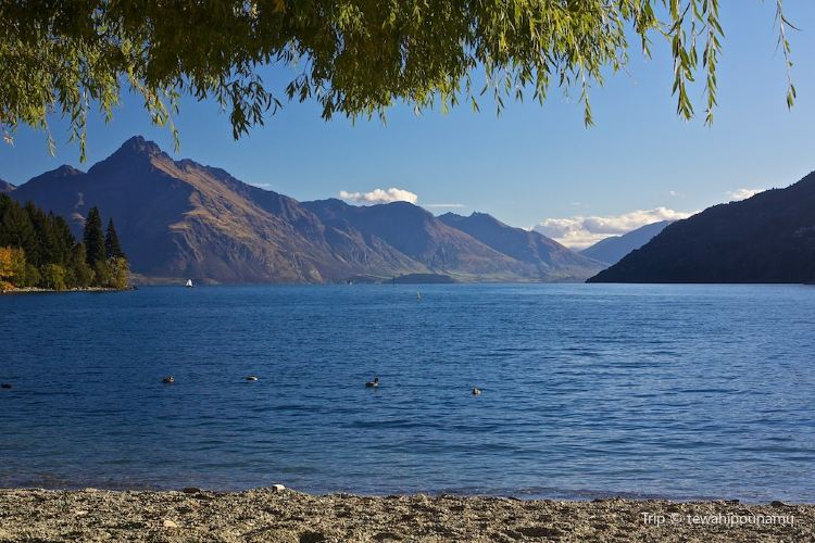 Lake Wakatipu3