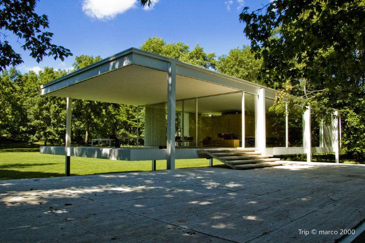 Farnsworth House2