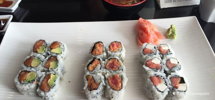 Fancy Sushi-Asian Fusion1