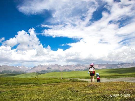 崗什卡雪峰景區