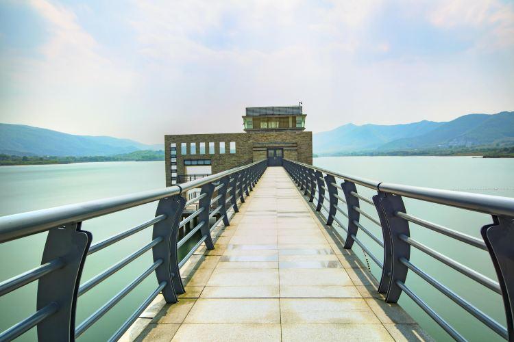 Yangshuo Lake Deep Oxygen Park