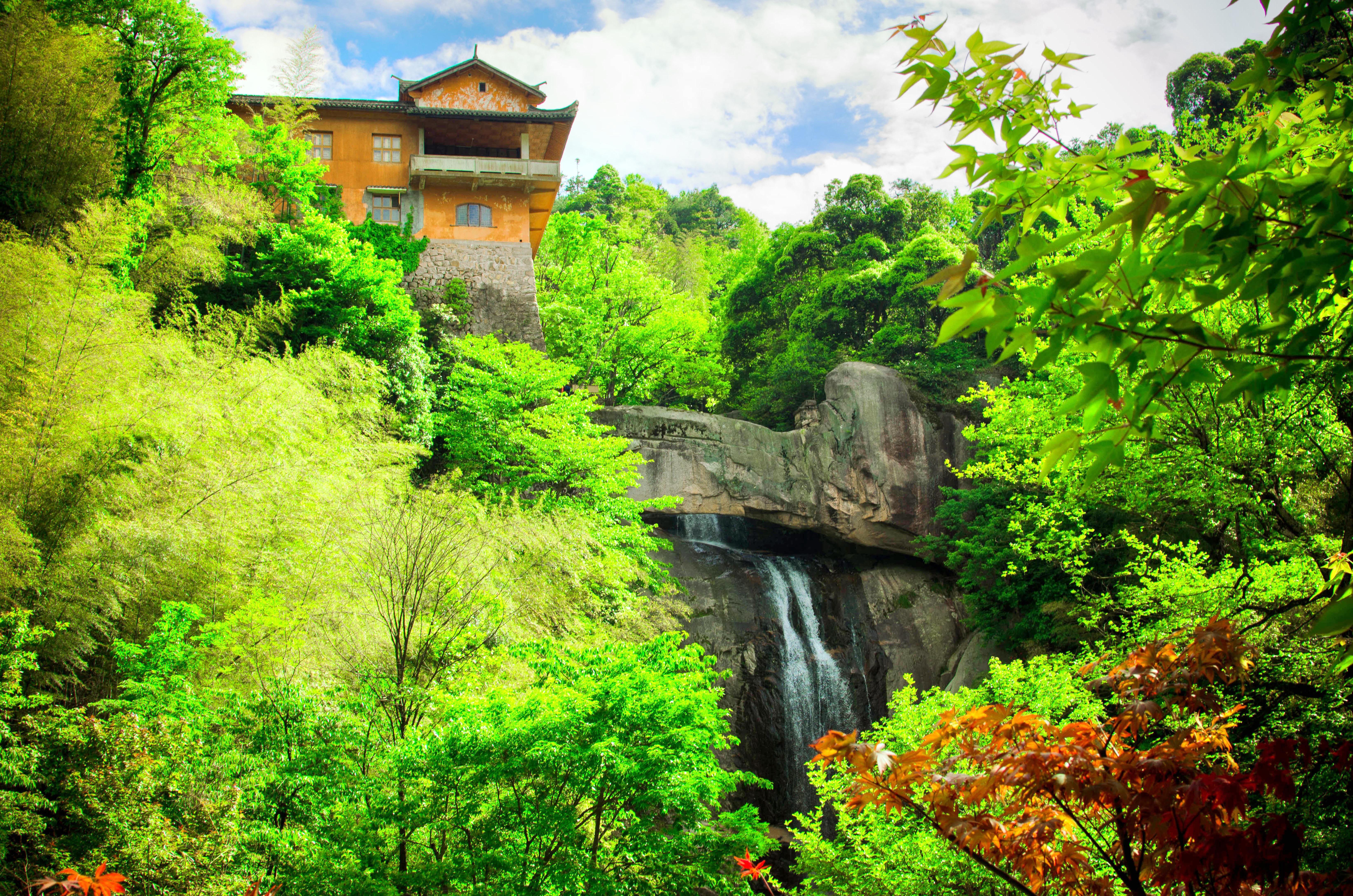 Tiantai Mountain Scenic Spot
