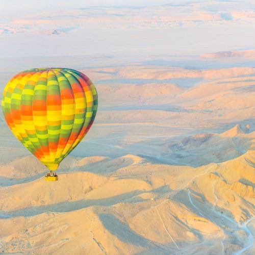 ルクソール熱気球