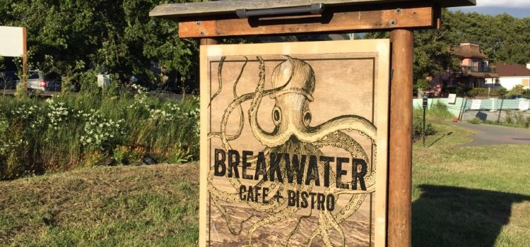 Breakwater Cafe and Bistro1
