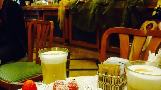 Caffe Dell' Opera